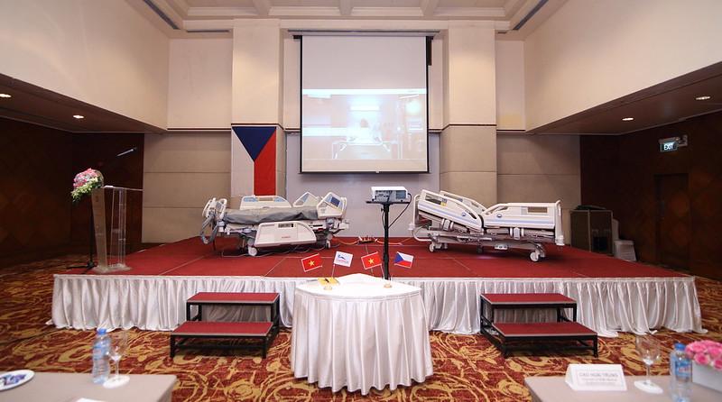 Dịch vụ quay phim chụp hình - Thái Hoàng TV - Uy Tín  Chuyên Nghiệp 33790453480_ae899b73df_c Quay phim chụp hình sự kiện - event - hội nghị