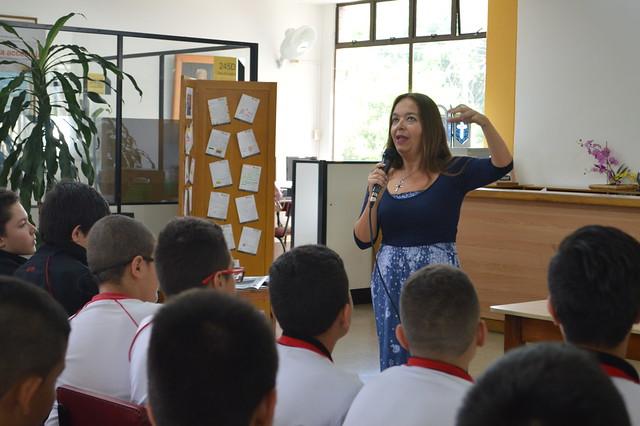 Charla sobre la escritora mexicana María García Esperón