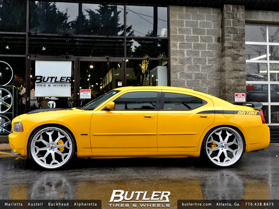 Dodge Charger With 26in Forgiato Capolovaro Wheels Flickr