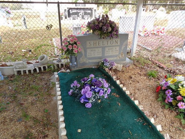 Graveshelter, Sivley Cemetery, Lawrence County AL
