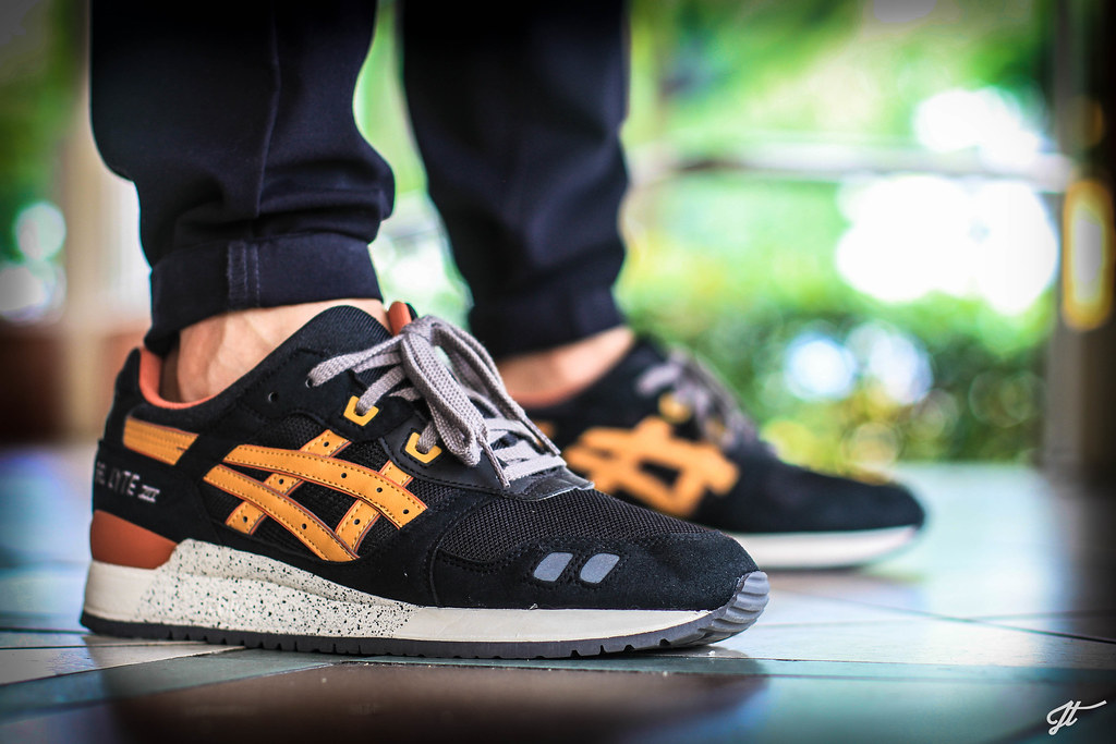 asics gel lyte iii black tan size 12
