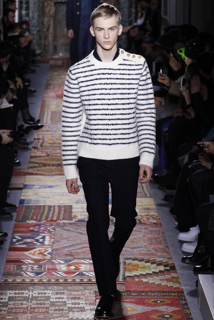 Dominik Sadoch3062_FW14 Paris Valentino(VOGUE)