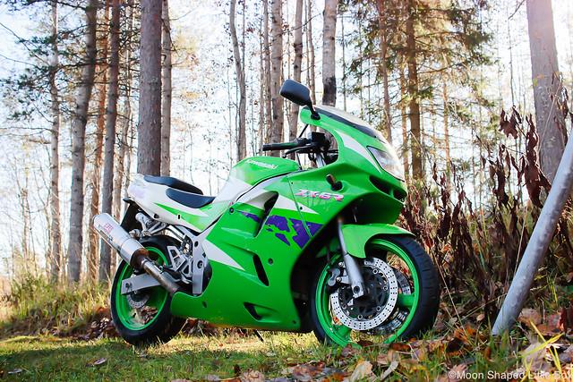 MoottoripyöräilyHarrastuksenaMoottoripyöräKyykkyKawasakiNinja-3