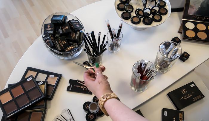 akvamariini pr anastasia meikit kauneustuote kauneusblogi