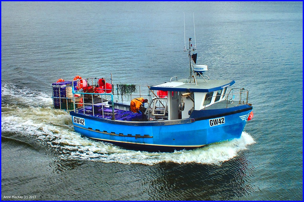 Scotland greenock prawn crab fishing boat endurance gw42 for Crab fishing boat