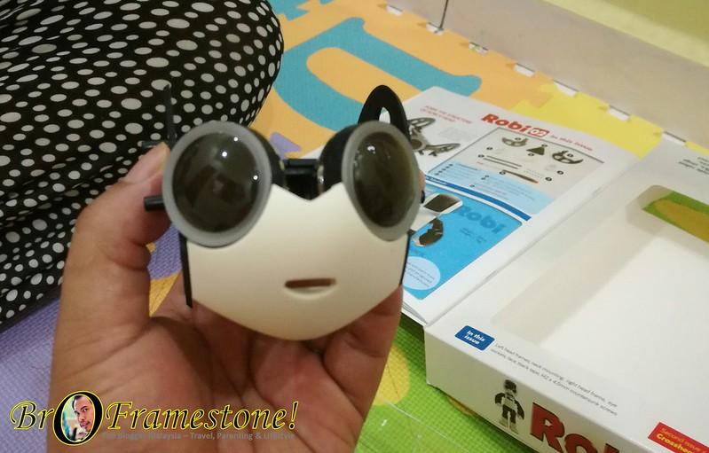 ROBI - Teman Robotik Interaktif