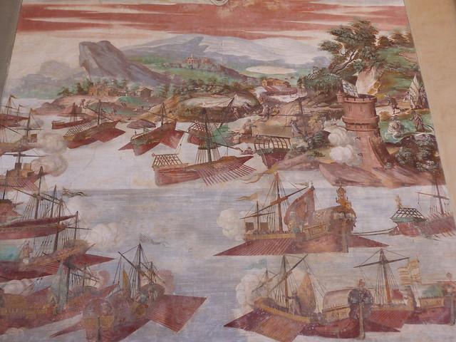 Fresco de una batalla naval en el Palacio de Santa Cruz en Viso del Marqués