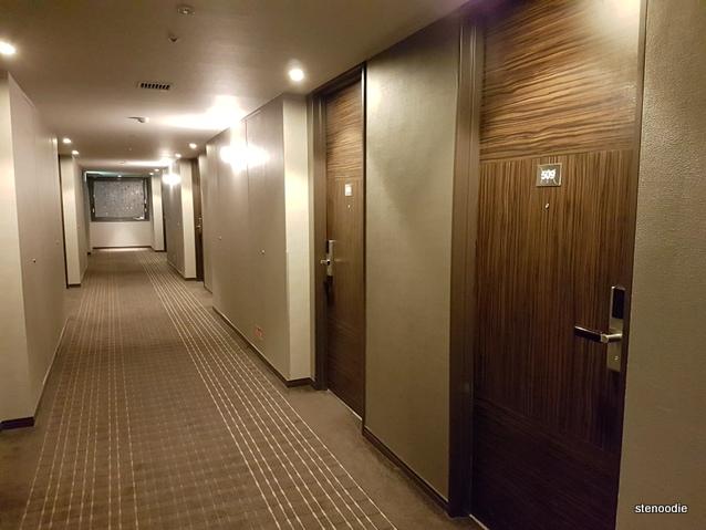 Hotel Mercure Sapporo hallway