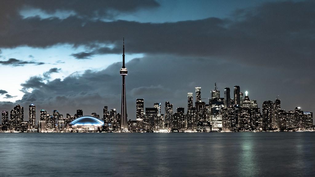 La skyline de Toronto 34148382006_1b663d9c83_b