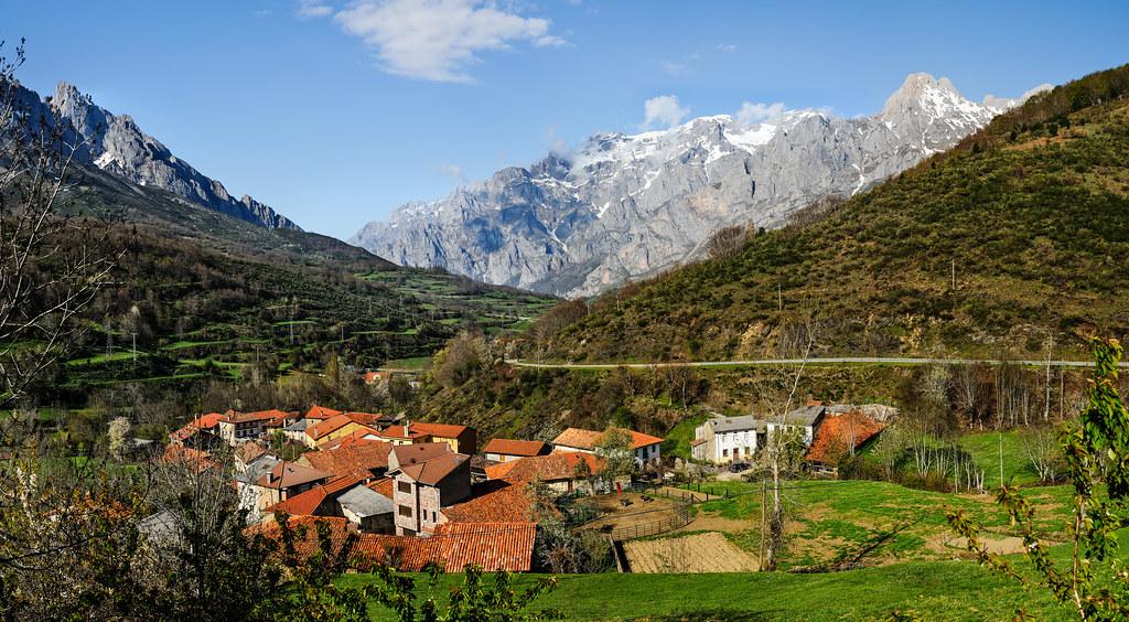 Caldevilla de valde n castilla y le n a small village for Comedores castilla y leon