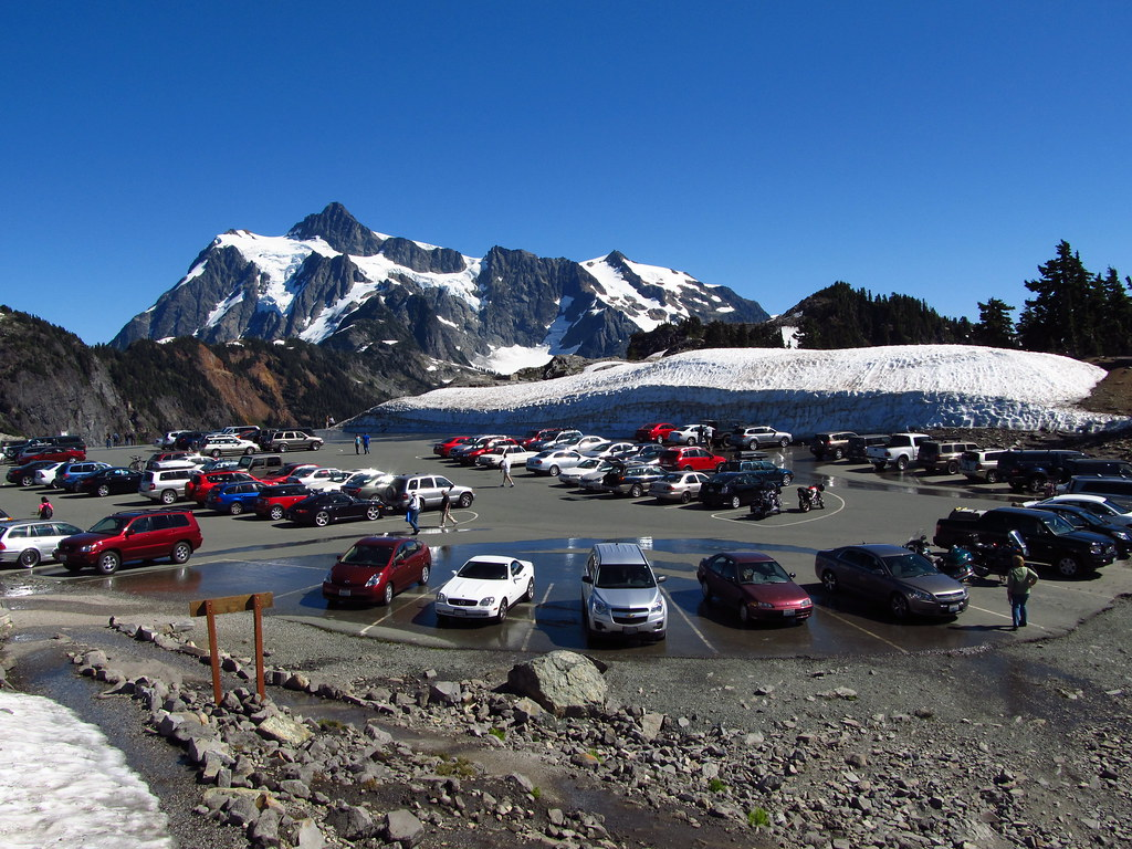 Artist Point | Mount Shuksan and the Artist Point parking lo ... Highway