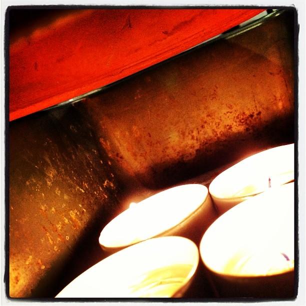 Terra Cotta Pot Convection Heater. 4 Tea Light Candles. 4