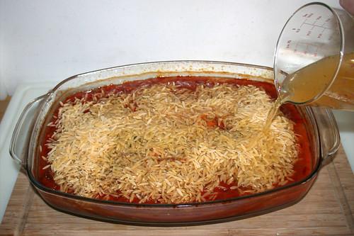 60 - Gemüsebrühe aufgießen / Add vegetable stock