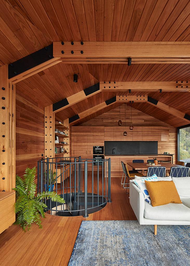 House on stilts design by Austin Maynard Architects in Australia Sundeno_09