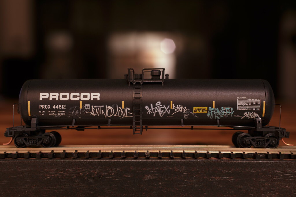 Micro Trains Mtl N Weathered Graffiti Procor 56 Tank Car Flickr