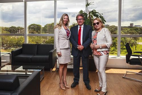 18-04-2017 - Deputada Gorete Pereira visita a Ebserh