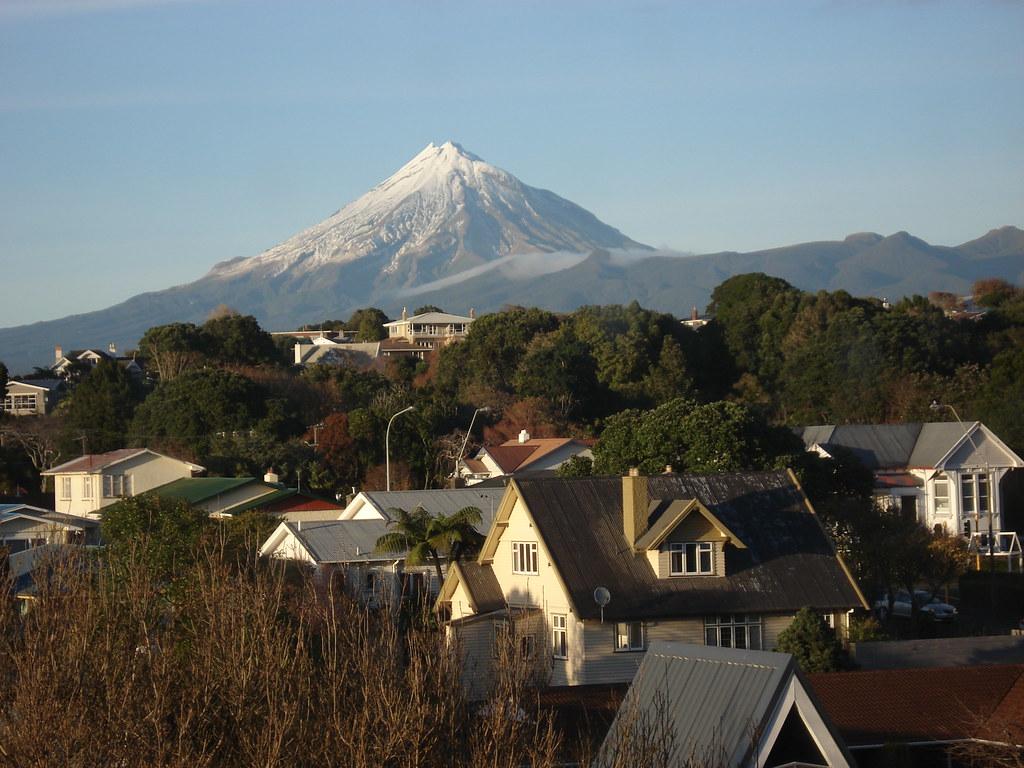 Mt Taranaki New Plymouth New Zealand Mt Taranaki Is Usua Flickr