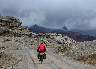 The descent from Abra Ritipata | by Pikes On Bikes