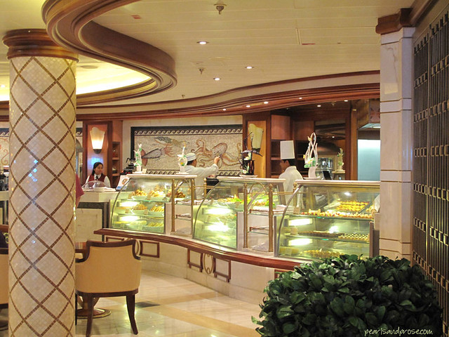 cruise_pastry_web