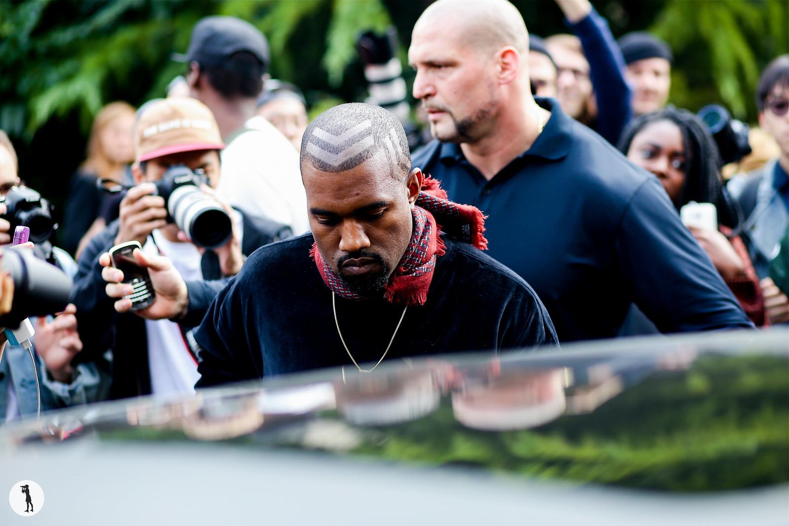 Kanye West - Paris fashion week RDT SS15 (1)