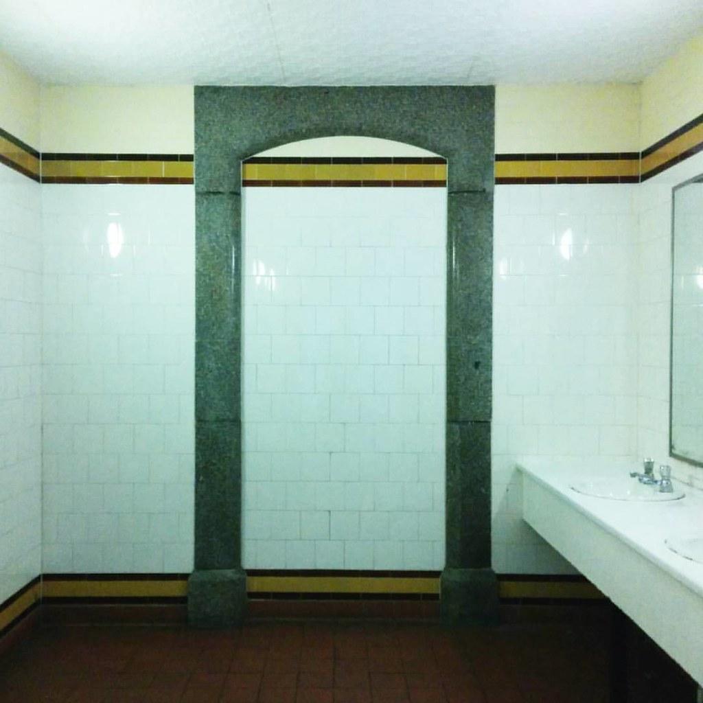 Flinders street station toilets