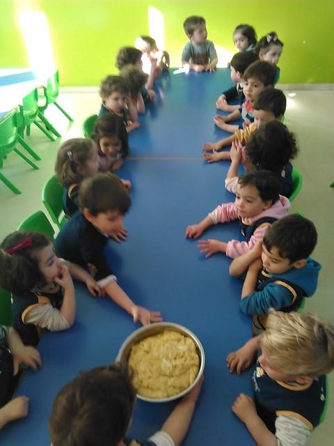 Taller de rosquillas Novaschool Granada 2 años 2017