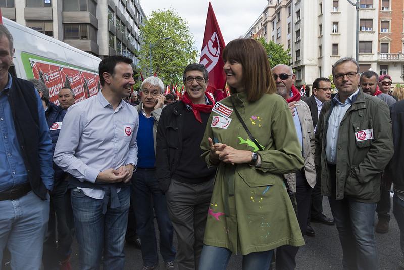 Los Socialistas Vascos hemos participado hoy en la manifestaciones convocadas por UGT y CCOO en las tres capitales vascas, con motivo del 1º de Mayo.