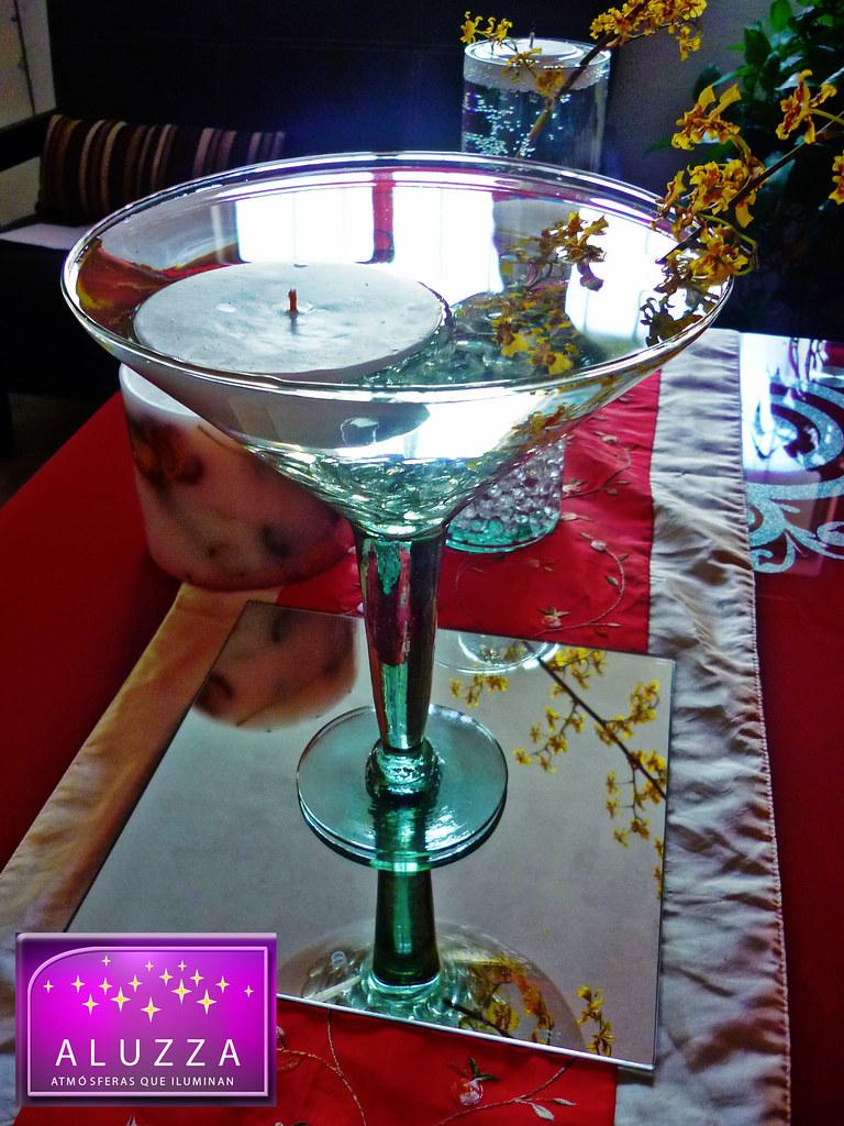 Centro de mesa de copa grande con vela flotante para event - Mesa de centro grande ...