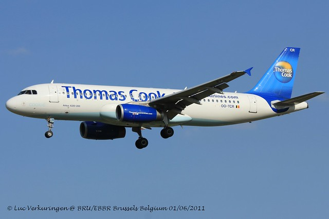 OO-TCR_A320_Thomas Cook_-