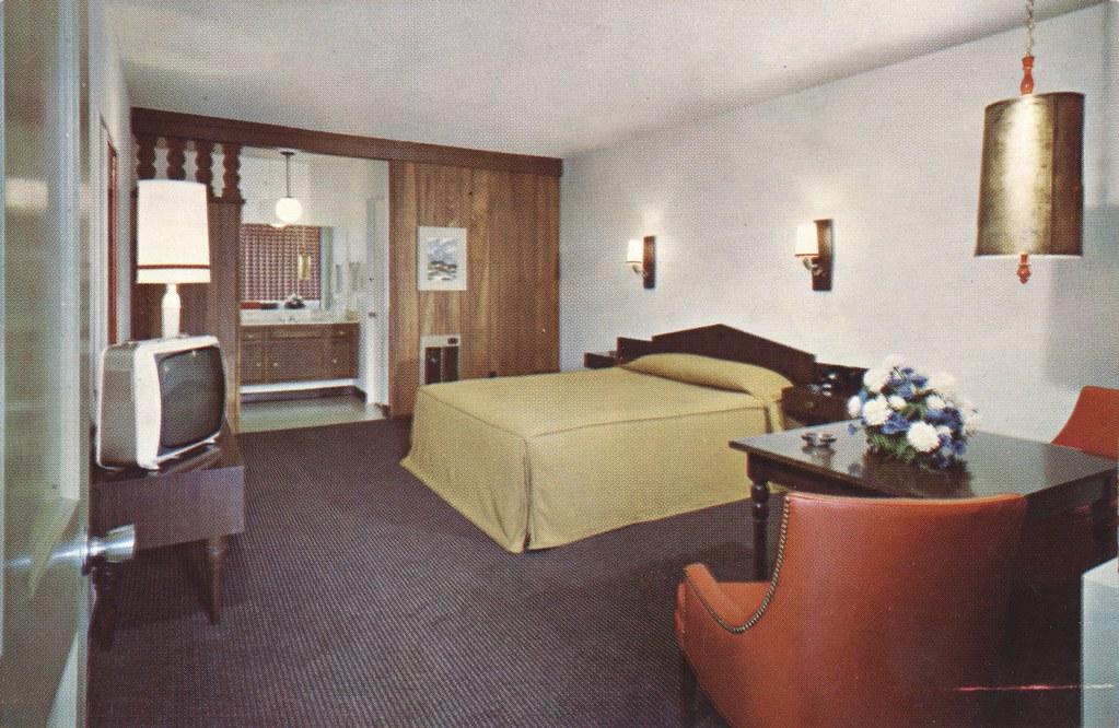 Hyatt Chalet Lodge - Eugene, Oregon