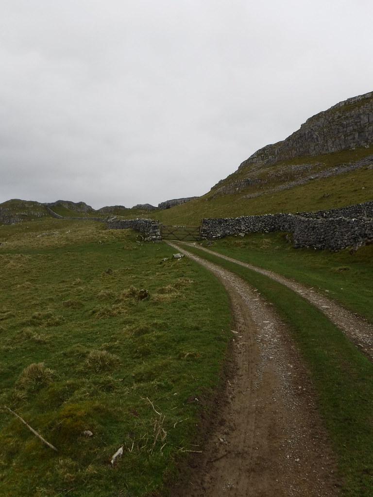 Victoria Cave Walk 13