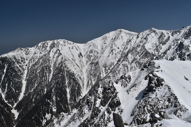 裏側から見る木曽駒ヶ岳