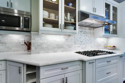 Gorgeous Kitchen Renovation In Potomac Maryland: Potomac MD Traditional Kitchen 7