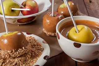 Caramel Apples with Salted Peanuts | by Кулинарно