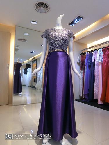 婚禮媽媽裝找高雄Kiss99就對了,變身婚禮最耀眼女配角的最佳幕後推手(20)緞面紫