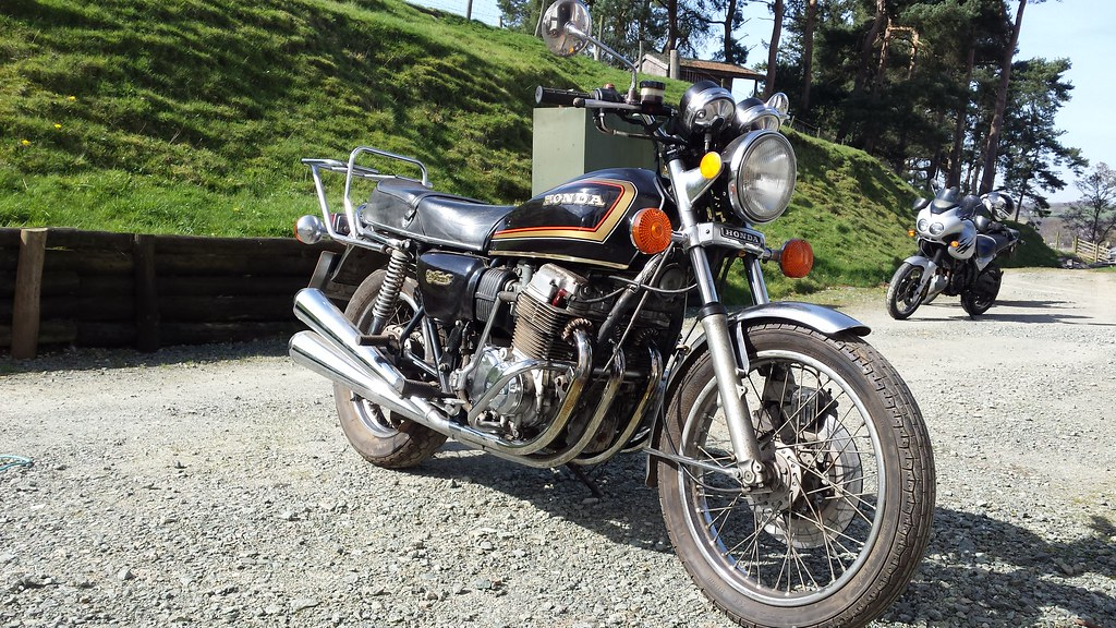 I Oil Change >> Honda CB750K7. | My friend has just bought this Honda, all i… | Flickr