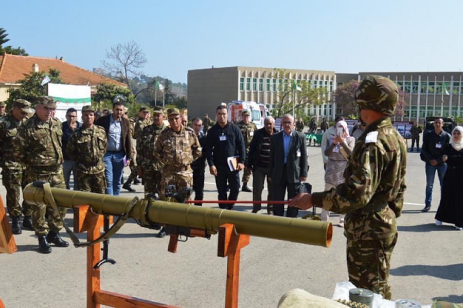 القوات البرية الجزائرية [  Missiles Anti-Chars ]   33423049894_292ea91cc0_b