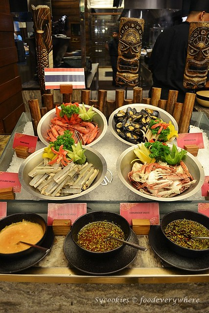 13.Absolute Thai Buffet Dinner at Doubletree Hilton KL