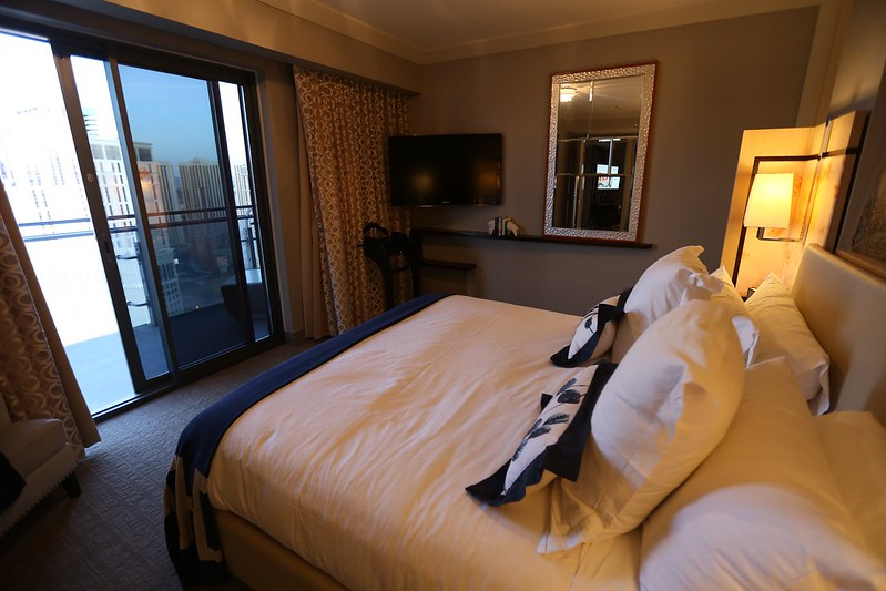 Cosmopolitan Las Vegas Wrap Around Suite 35