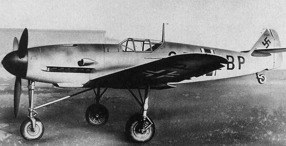Luftwaffe 46 et autres projets de l'axe à toutes les échelles(Bf 109 G10 erla luft46). - Page 20 9232378991_464181b204_b