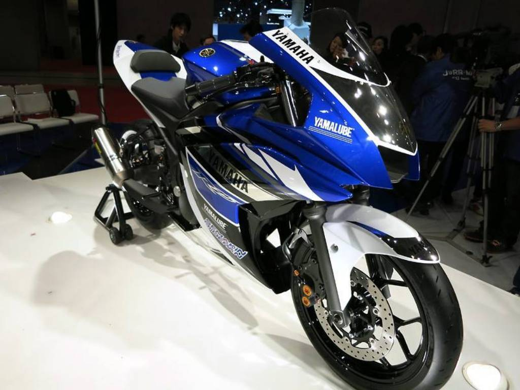 Yamaha Yzf R25 Yamaha Yzf R25 03 by