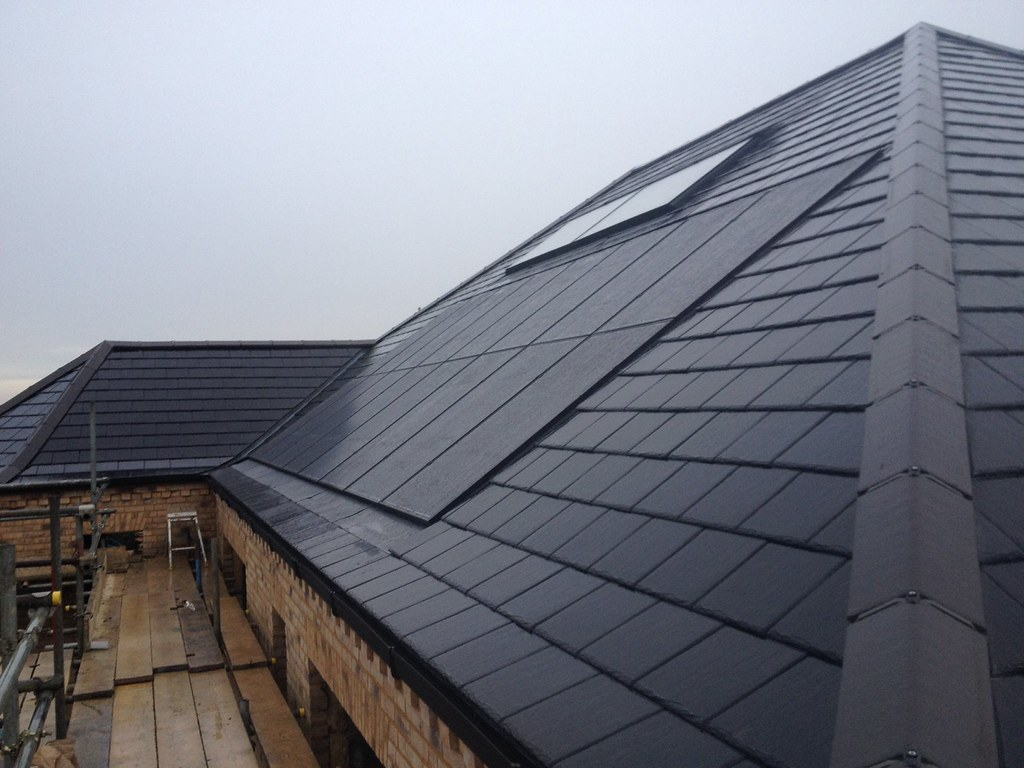 Completed Gse Roof Integrated System With Black Panels On