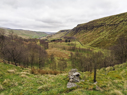 Looking into Cliviger Gorge, with Thievely Scout on the right