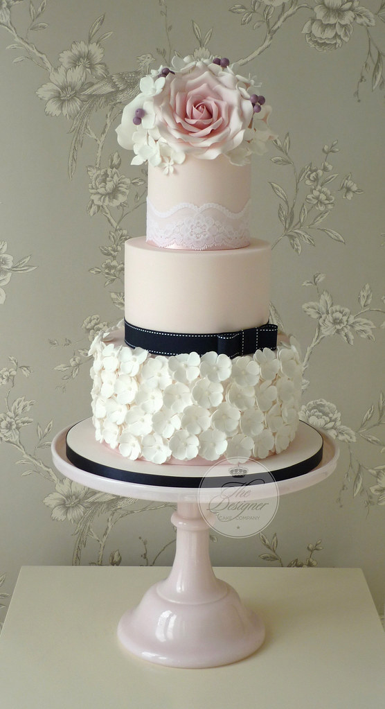 wedding cake ruffles roses amp ruffles wedding cake this is another new design 23732