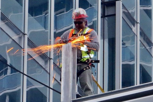 Office building construction worker | by runneralan2004