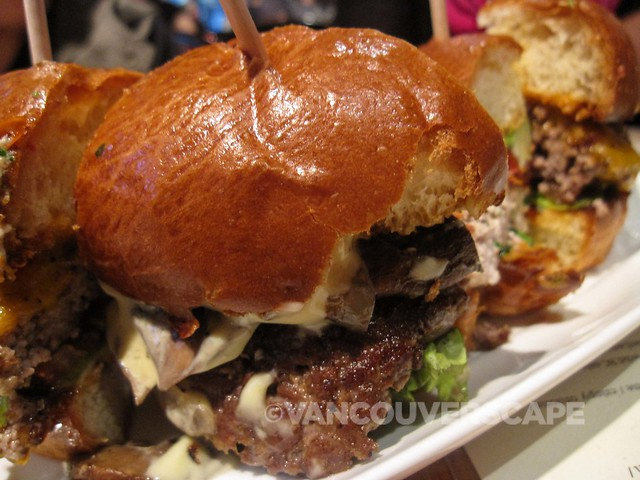 Romers Burgers tasting plate