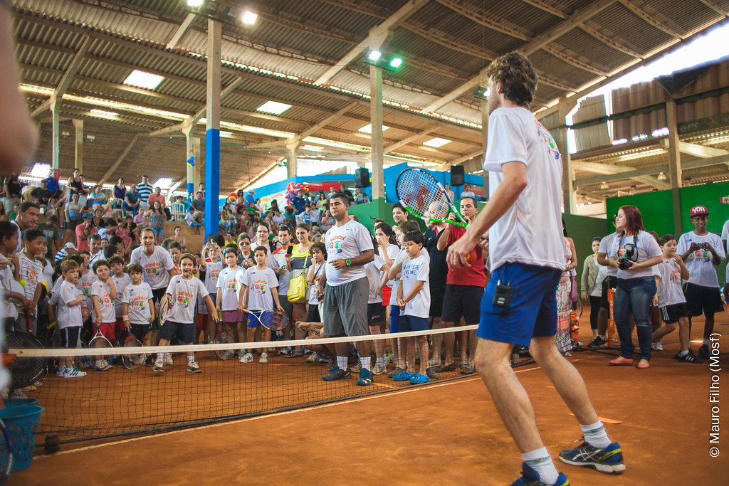 2612976451e ... GUSTAVO KUERTEN NO SQUASH TENNIS CENTER