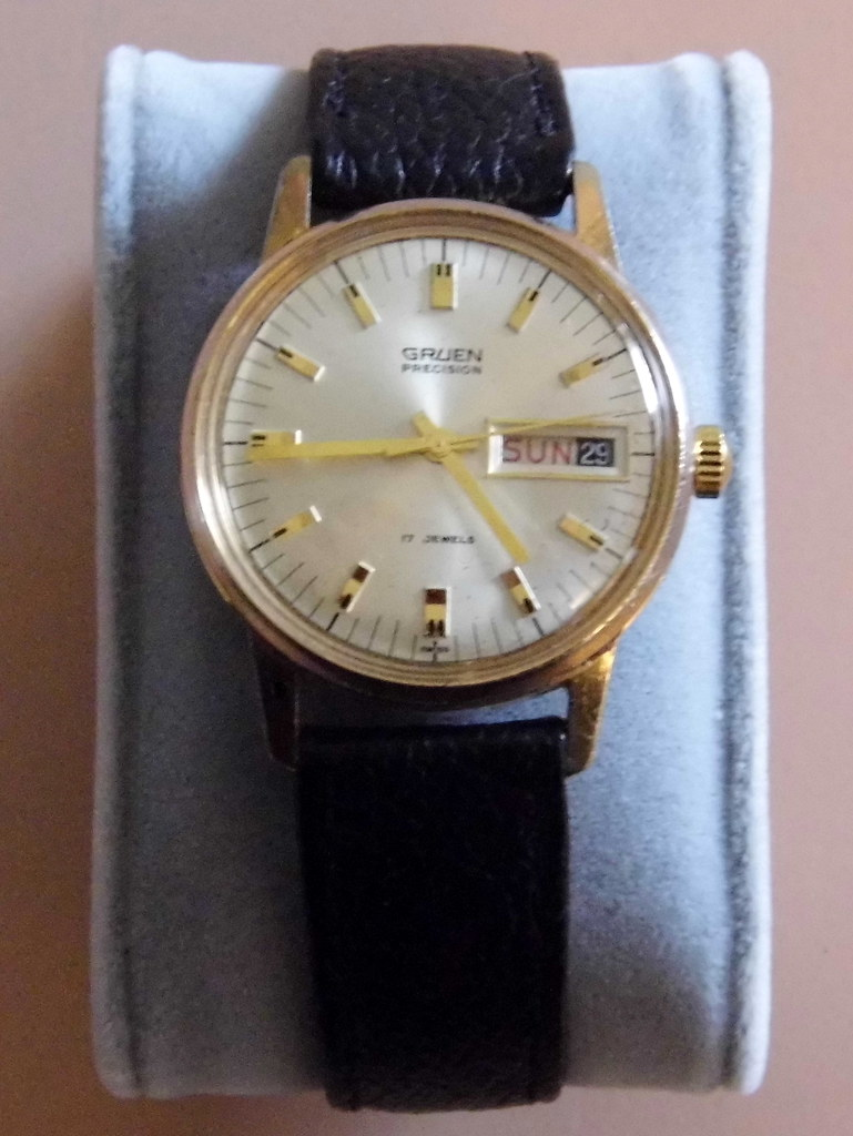 vintage gruen men s manual wind wrist watch 17 jewels sw flickr rh flickr com Manual Wind Rolex Watches Seiko Watch Manual Wind