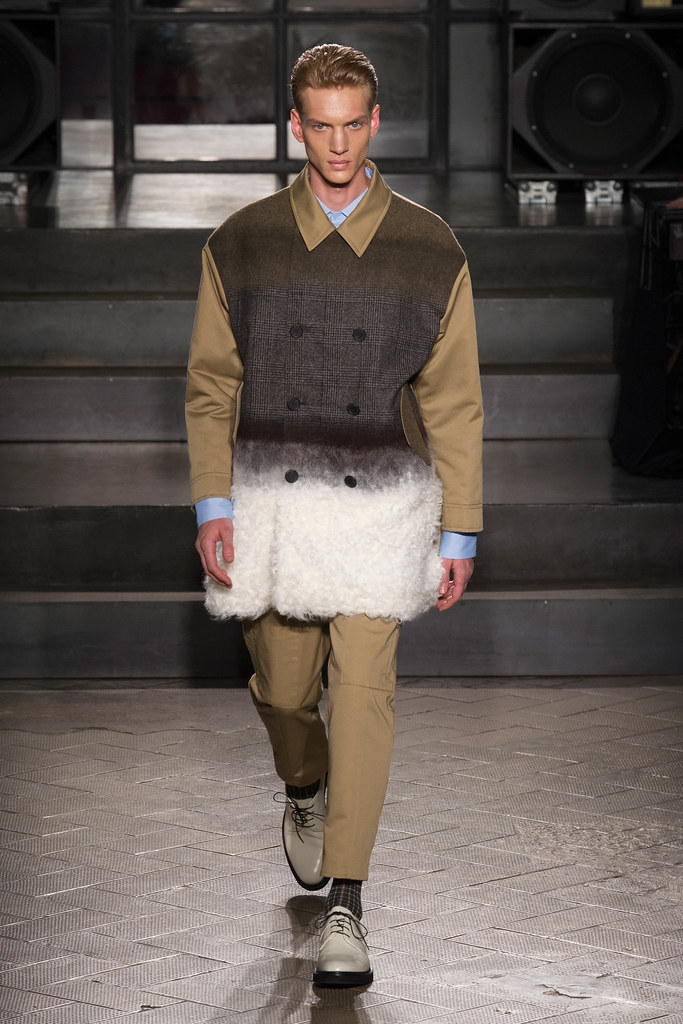 Paul Boche3549_FW14 Milan Antonio Marras(VOGUE)
