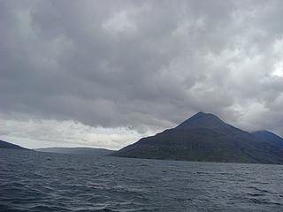 005 Vanaf de boot naar Loch Coruisk